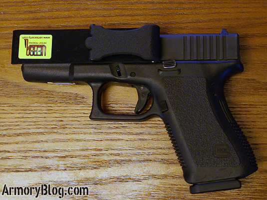ab-versa-carry-review-glock-19-side