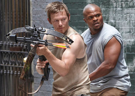 the-walking-dead-daryl-crossbow-tdog