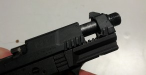 walther-p-22-slide-crack
