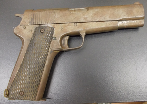 viet-cong-1911-side