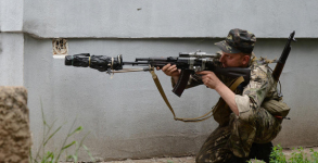 ak-suppressor-russia-war