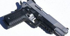 Recover Tactical 1911 Grip