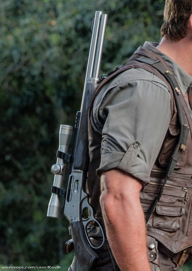 Jurassic-World-Close-up-rifle-2.jpg